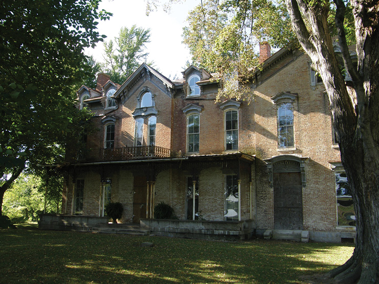 The Holt House's History